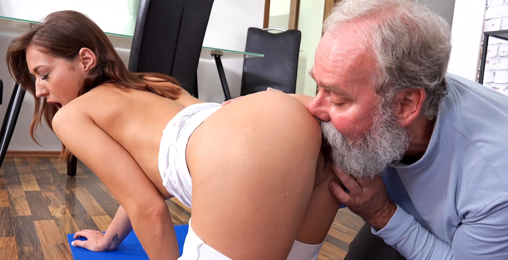 Old Grandad Pussy Workout